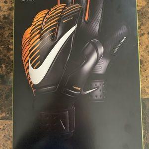 Nike Vapor Soccer GoalKeeper Gloves Size 10